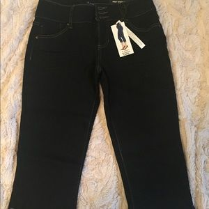 Capri jeans by D.jeans💙💖